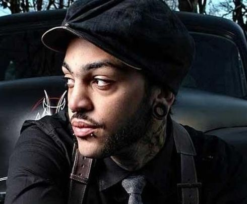 Travie_McCoy