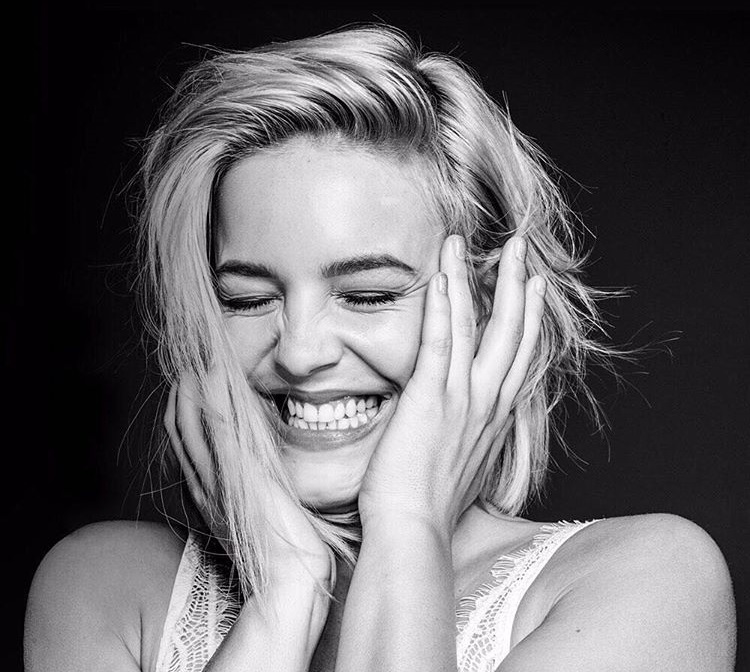 annemarie announces �heavy� as new promotional single